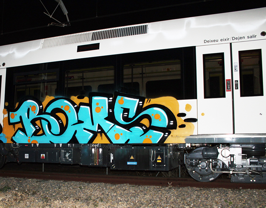 graffiti subway valencia boms