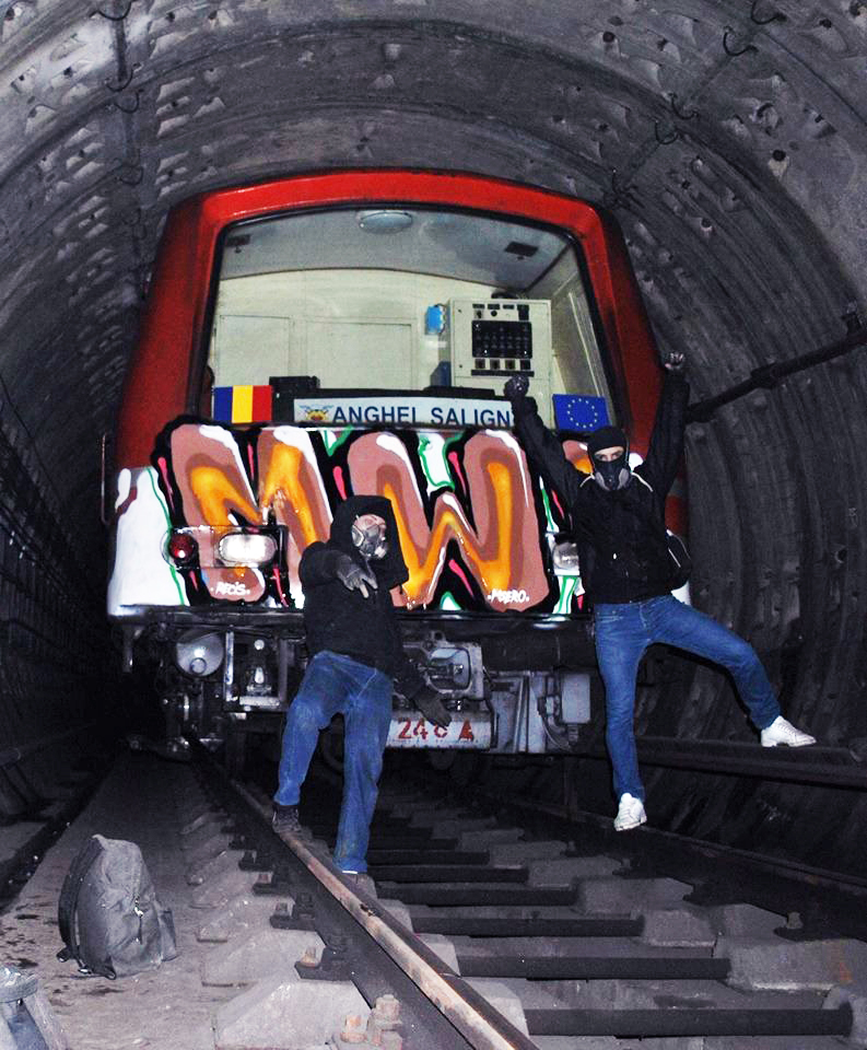 subway graffiti tunnel bucharest mw