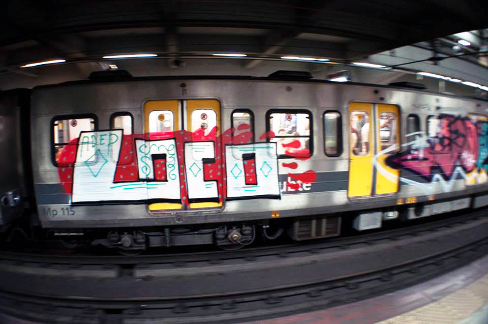 graffiti subway buenosaires argentina loco