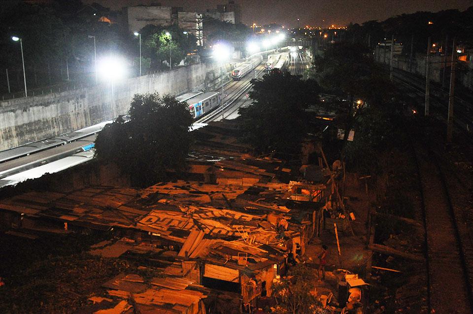 graffiti subway rio de janeiro riodejaneiro favelas yard brazil