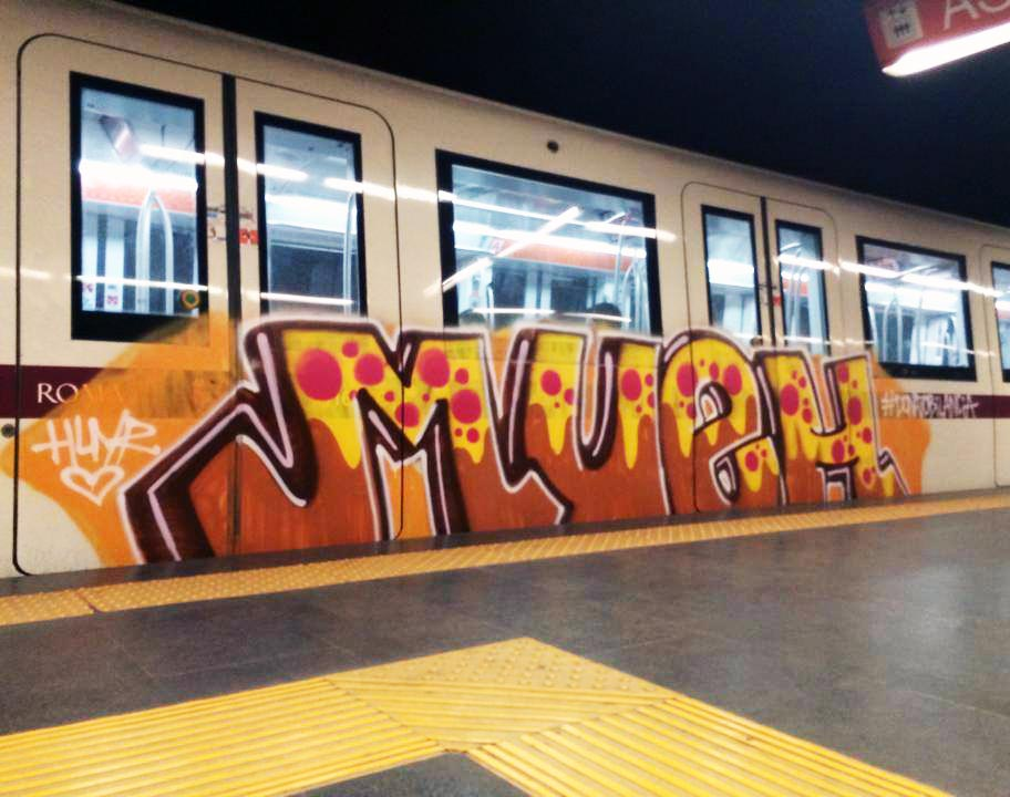 graffiti rome subway italy running mueh