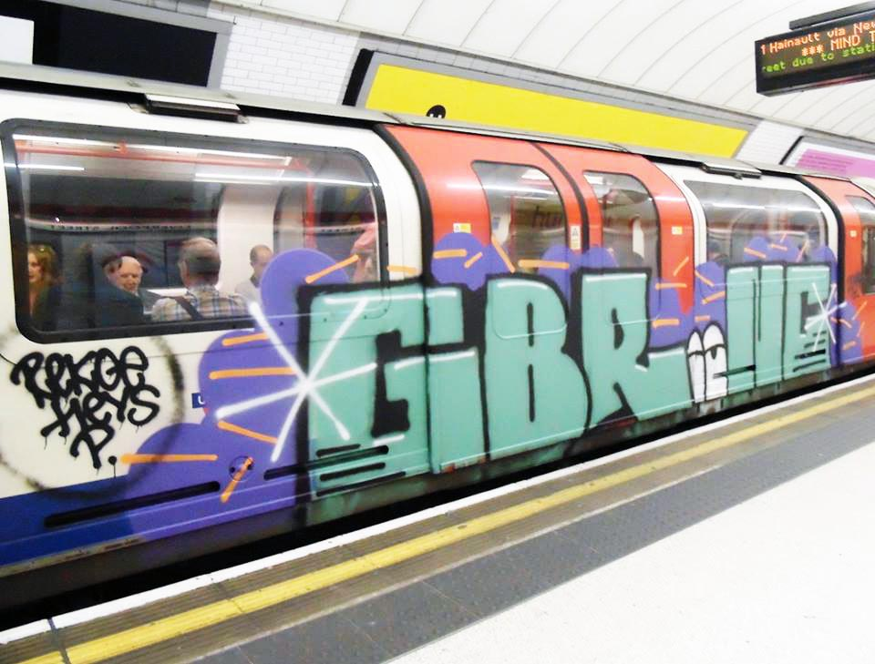 graffiti subway gbr london UK running