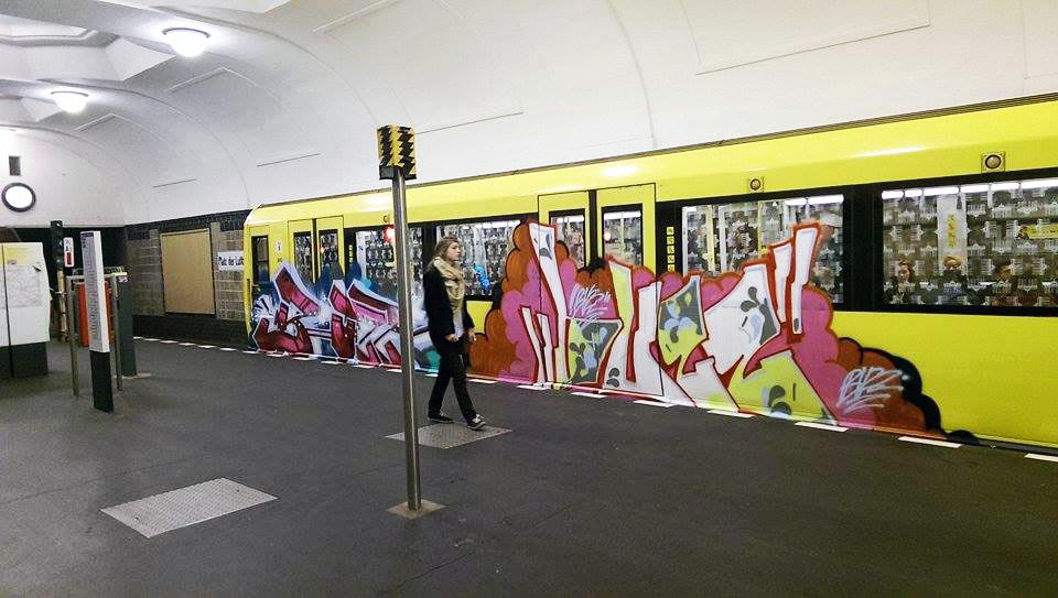 graffiti subway buzz berlin germany