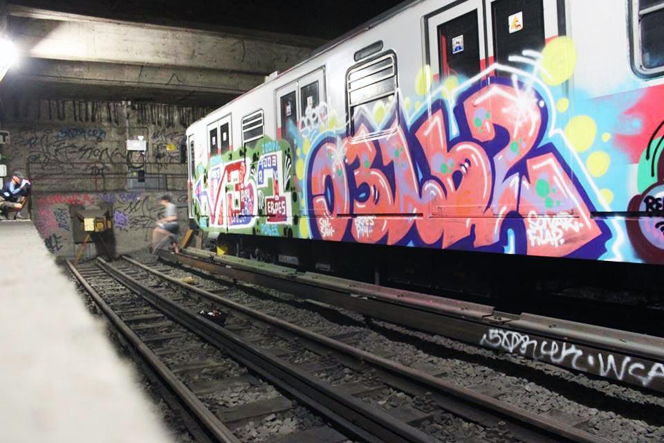 graffiti subway milan italy tunnel 031