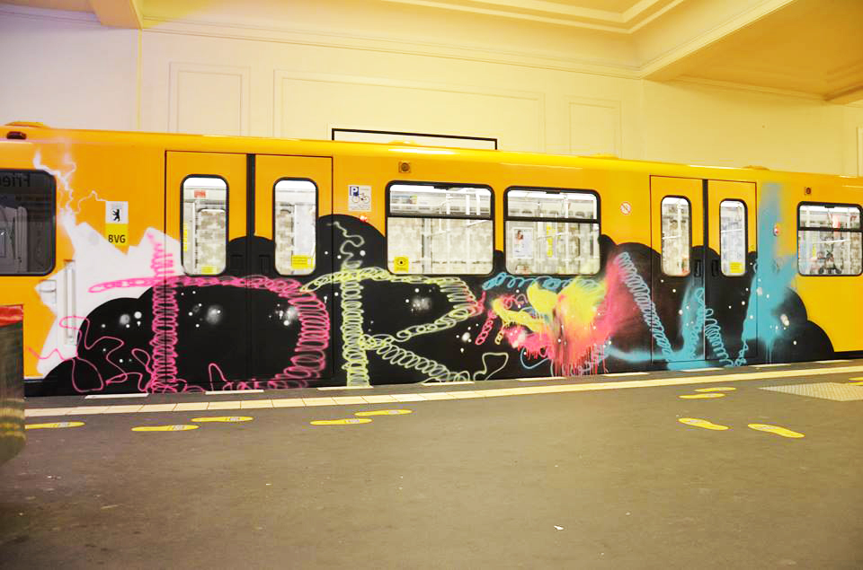 graffiti subway u-bahn berlin germany running drow