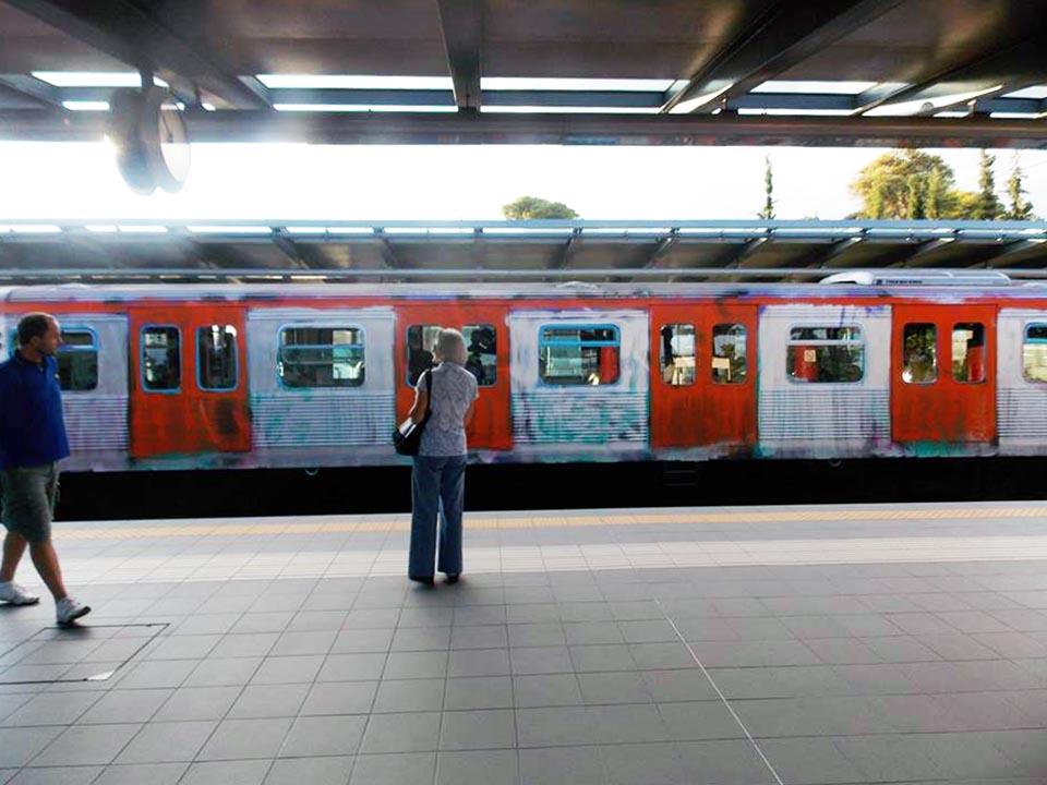 graffiti subway greece athens running dirty