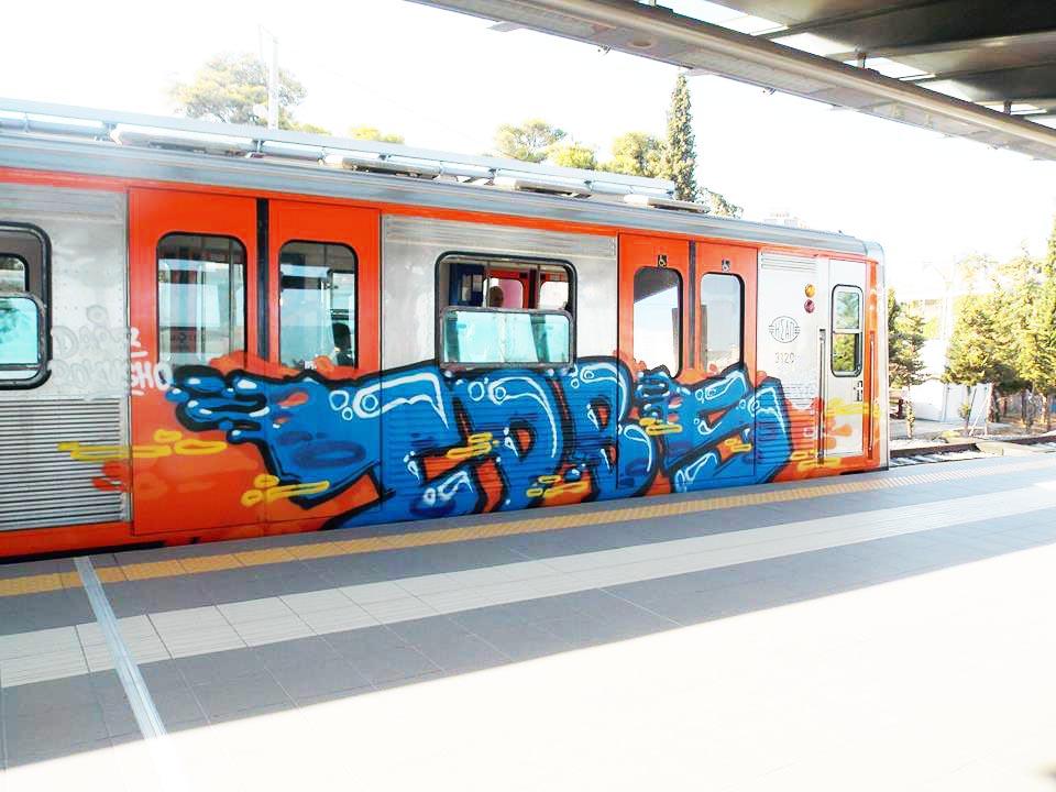 graffiti subway greece athens running idbs
