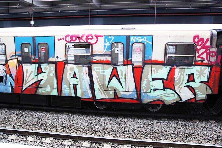 graffiti subway train rome italy bline yawer
