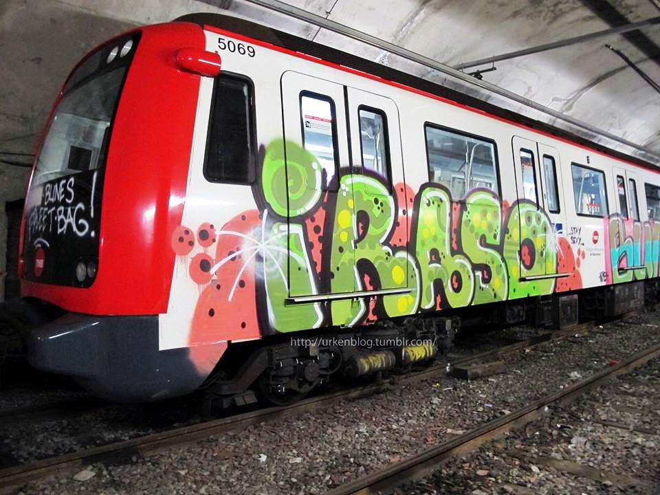 graffiti subway train spain barcelona iraso