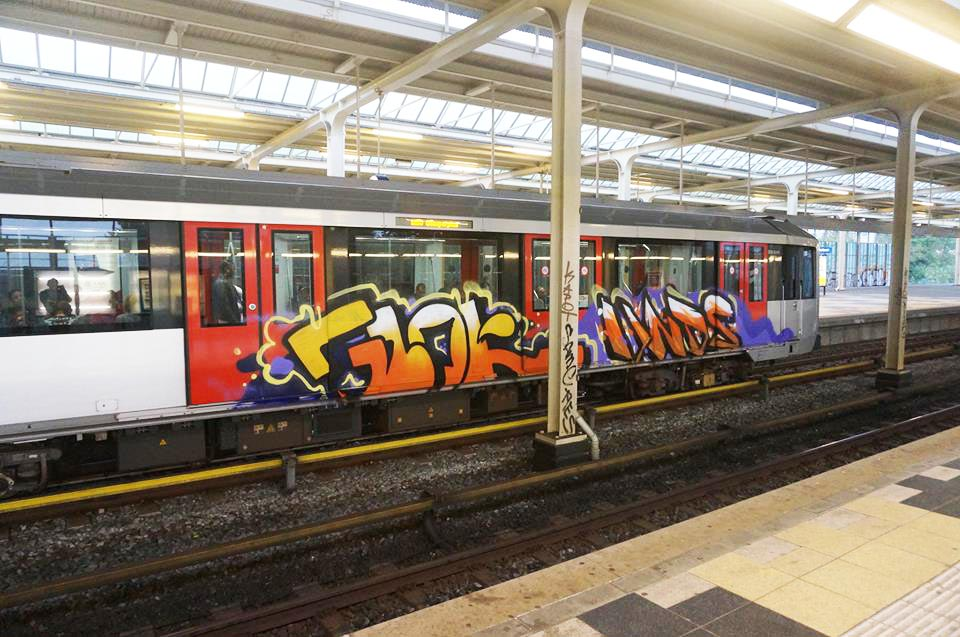graffiti subway train amsterdam holland running