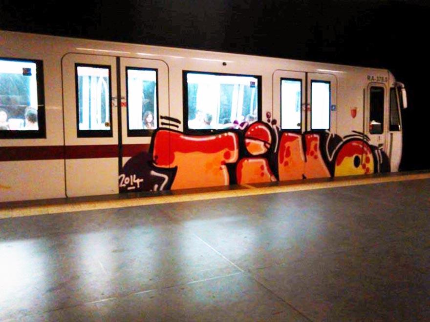 graffiti subway train rome italy tino 2014