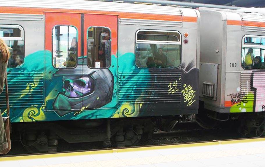 graffiti subway train athens greece running skull 2014