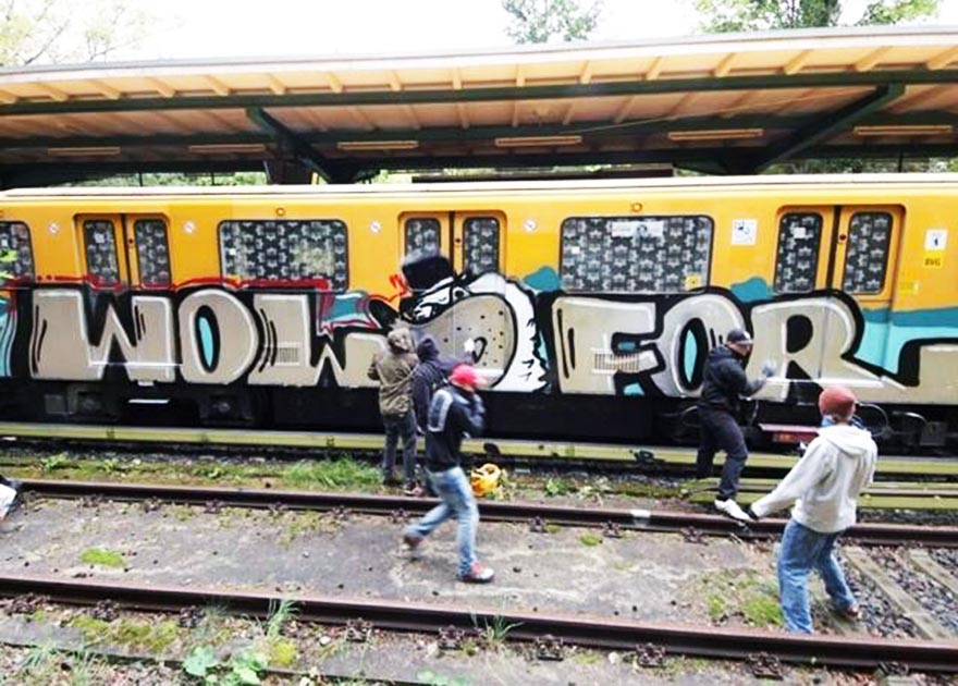 graffiti train subway germany berlin wol backjump action