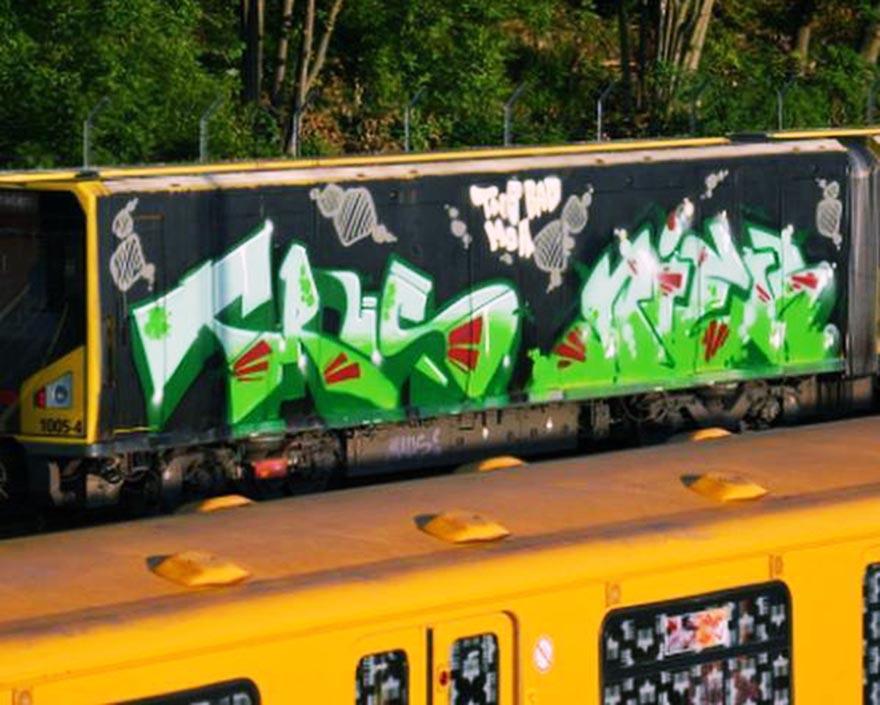 graffiti train subway berlin germany trus niek wholecar