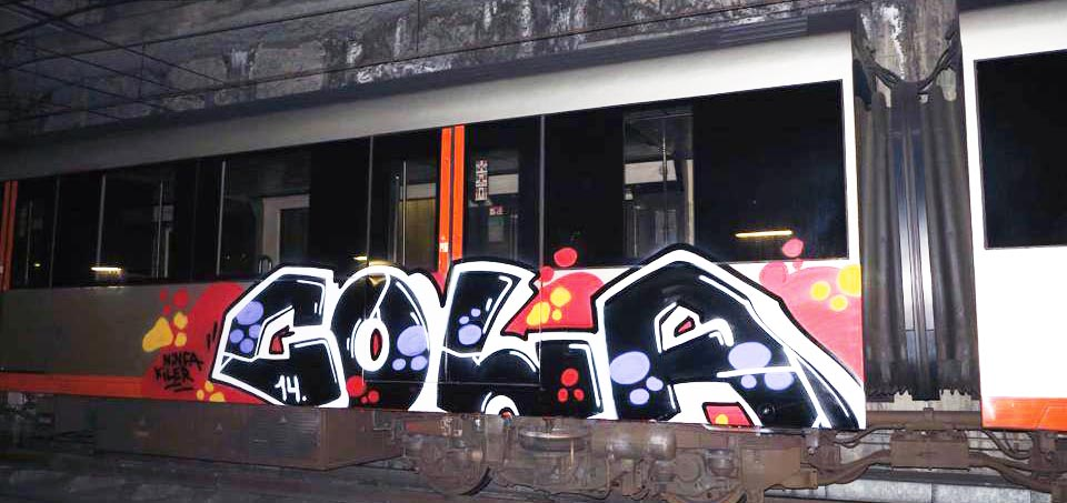 graffiti train subway spain bilbao cola