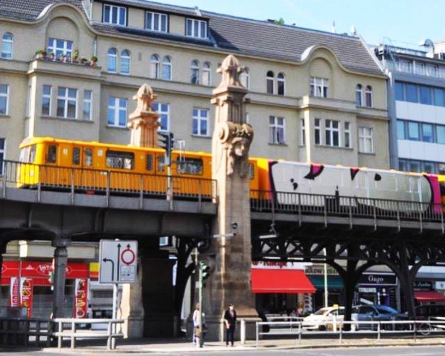 graffiti train subway berlin germany bad wholecar