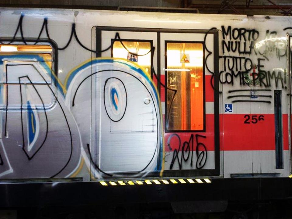 graffiti train subway milano italy 2015 newspaper