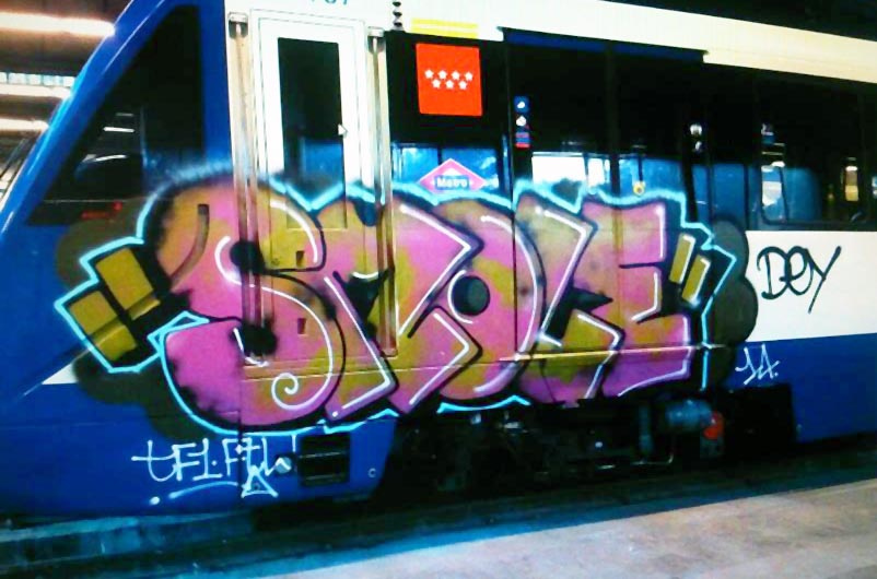 graffiti subway train madrid spain smole