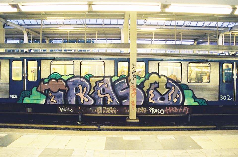 graffiti subway train amsterdam holland iraso