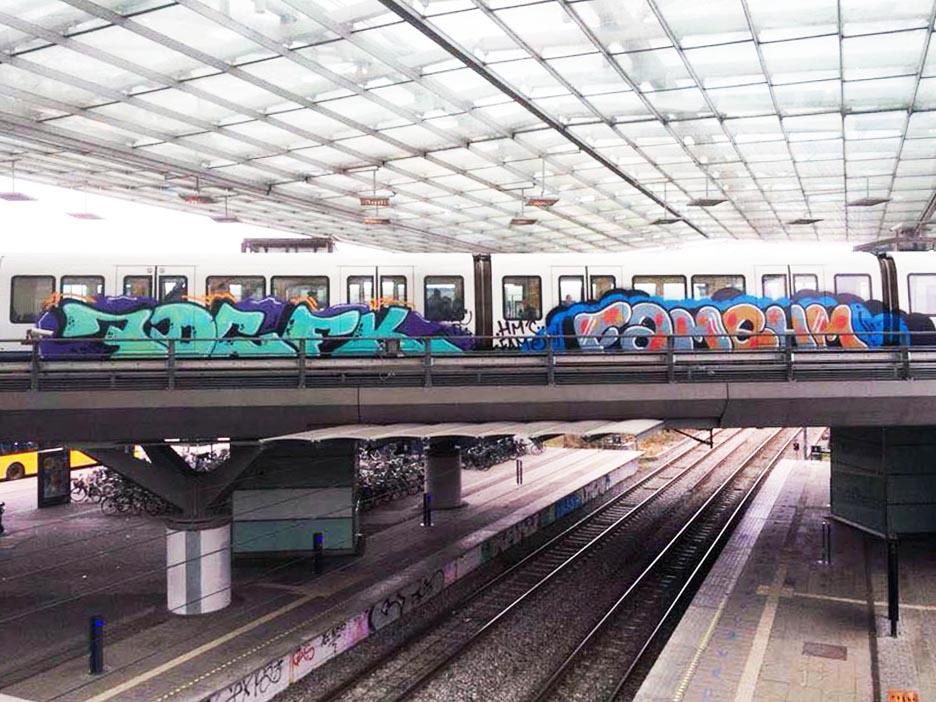 graffiti train subway copenhagen denmark shite 7dc fk fame hm 2105