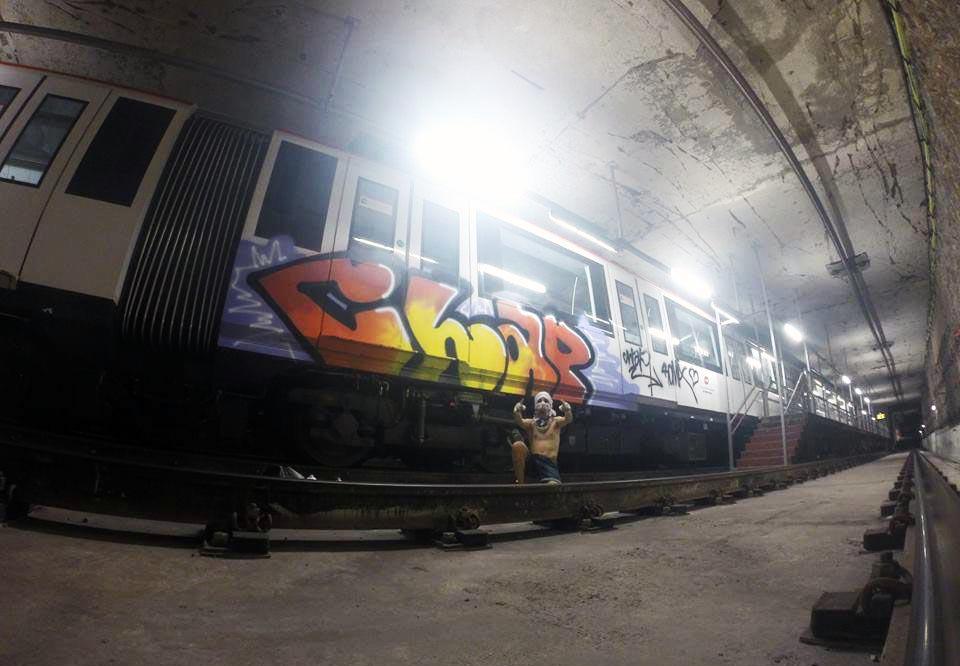 graffiti train subway barcelona spain 2015