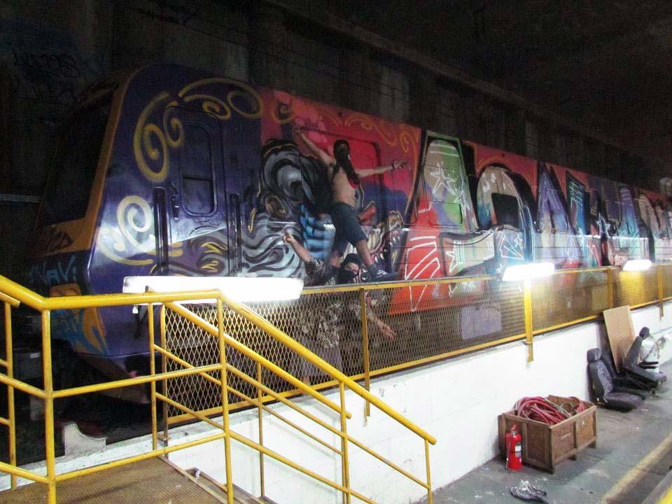 graffiti train subway buenos aires argentina goal ner l163