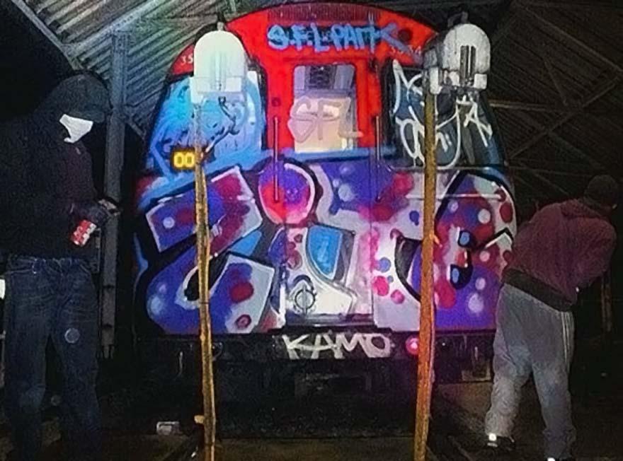 graffiti train subway london uk sflpark scumforlife queenspark