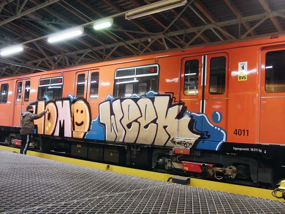 graffiti train subway berlin germany homo week