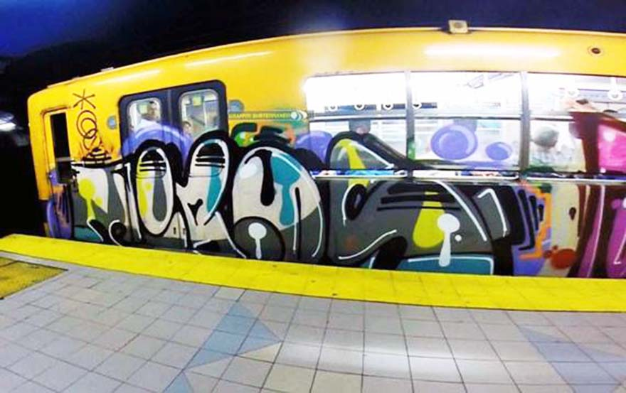 graffiti train subway argentina buenos aires tiros running