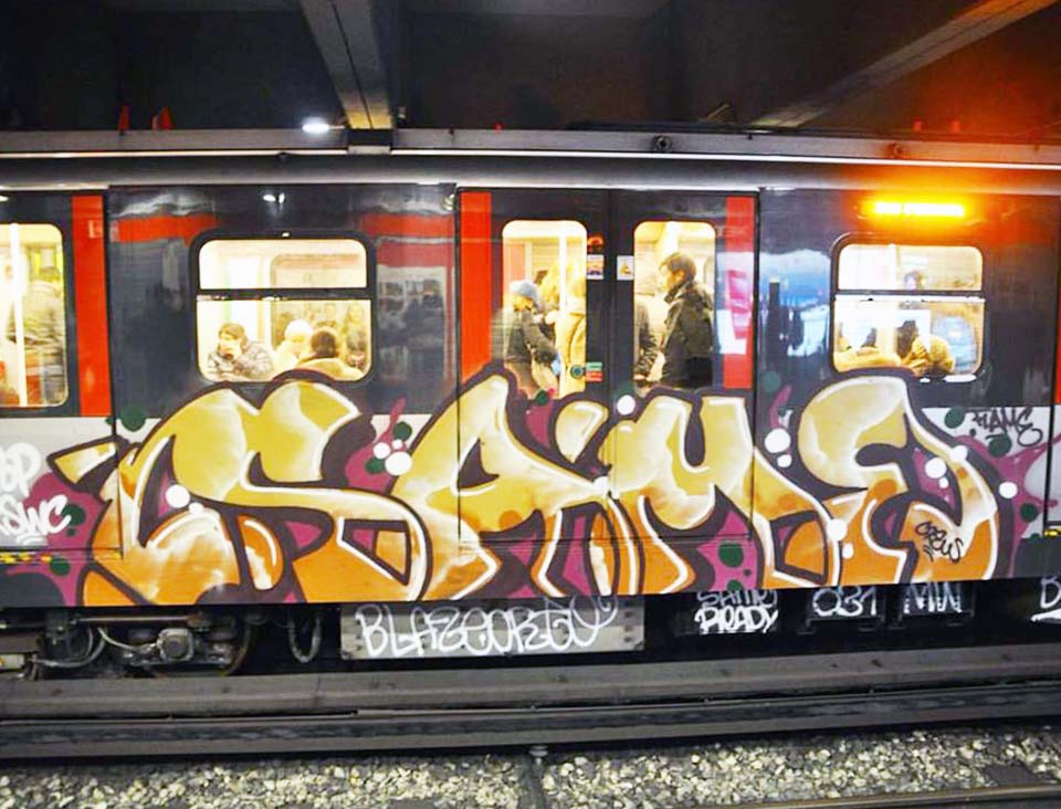 subway graffiti train italy milan same intraffic 2015