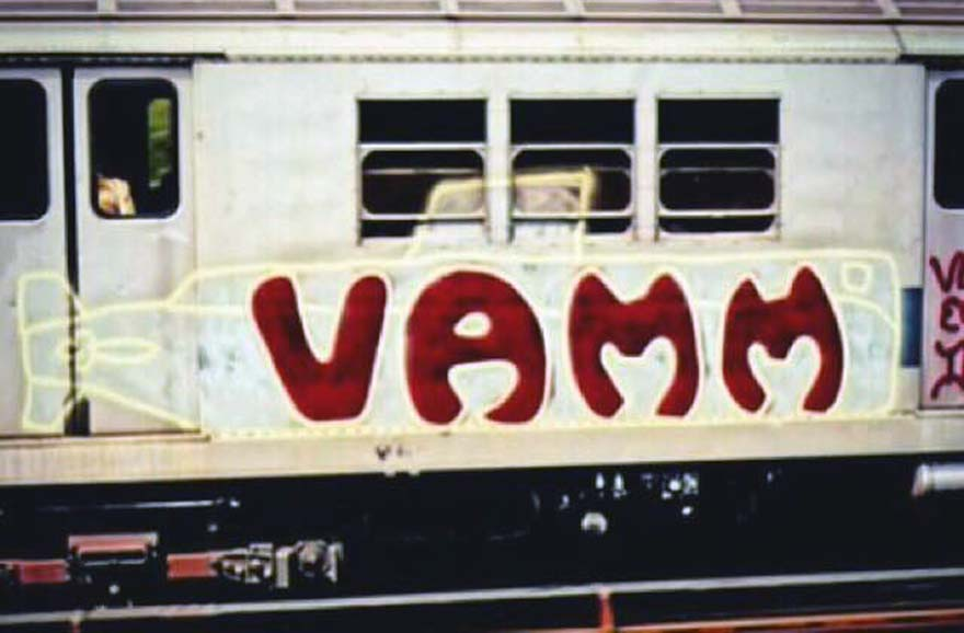 nyc train graffiti subway early 70s newyork USA