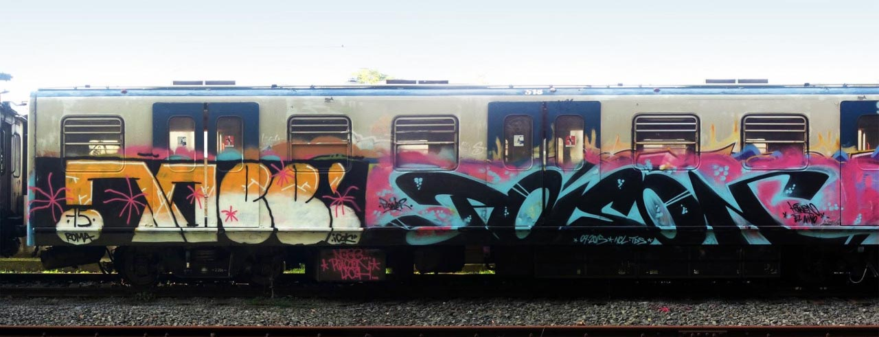 graffiti train subway rome italy