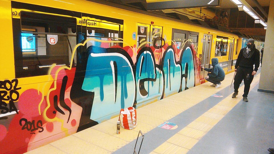 graffiti train subway buenos aires argentina action 2015