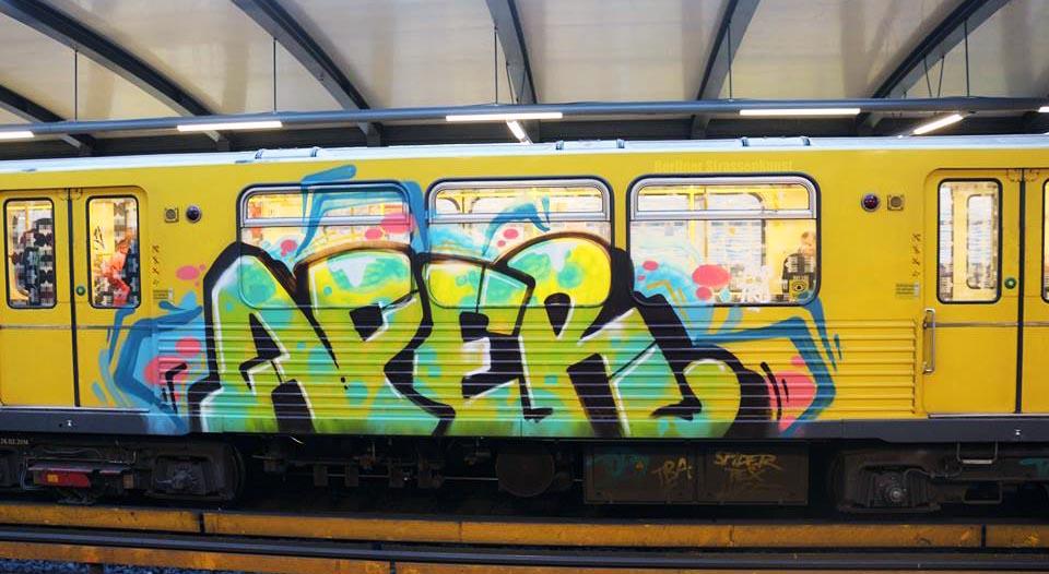 graffiti train subway berlin germany