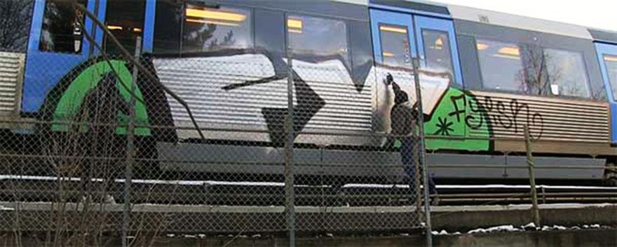 graffiti train subway stockholm sweden fy backjump