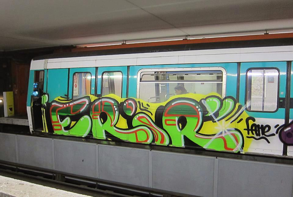 graffiti subway train magazine paris france erir fame