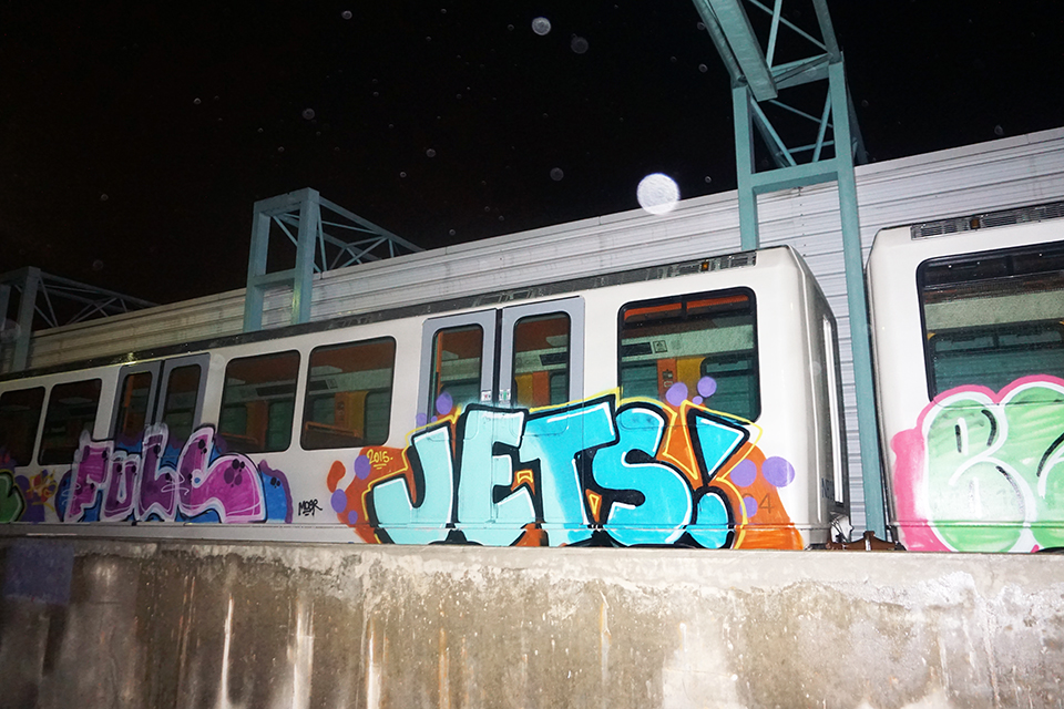 graffiti train subway marseille france jets