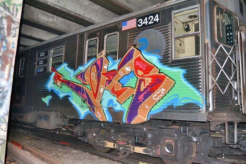 graffiti train subway nyc usa roks damagers