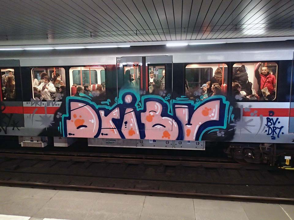 graffiti train subway prague czech republic 2016 bv dry