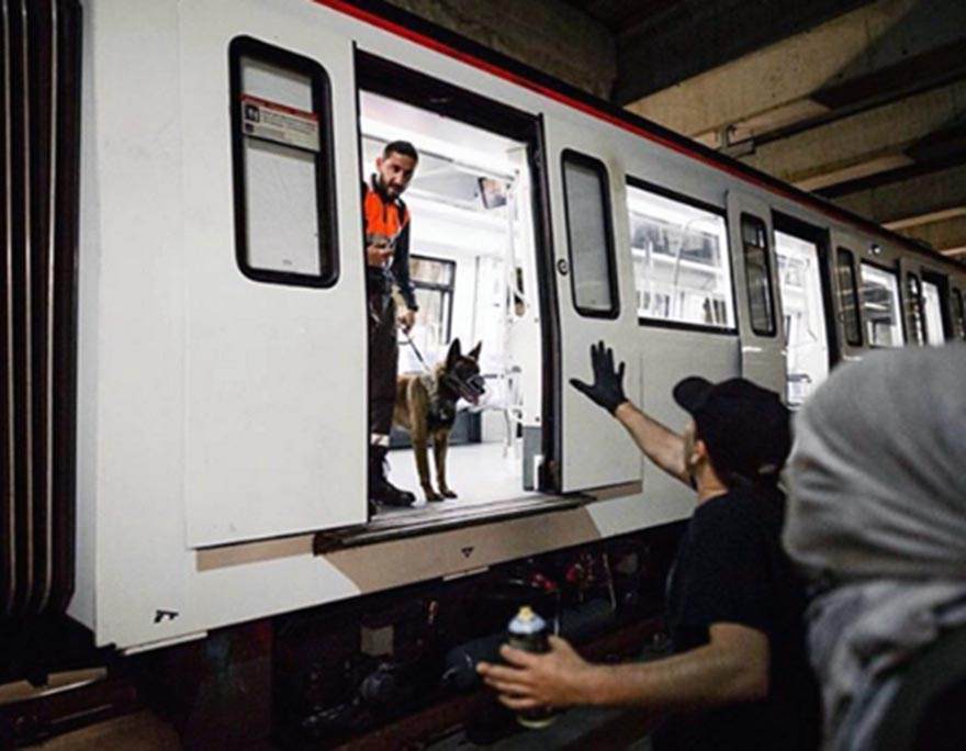 graffiti train subway barcelona spain securitydog