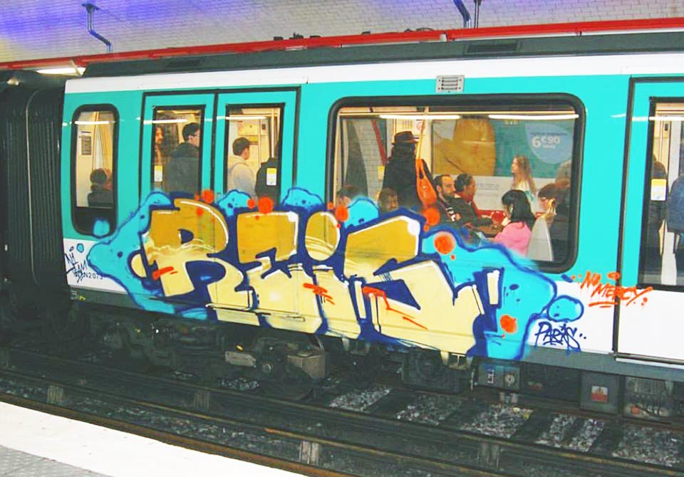 graffiti train subway paris france reis running 2016