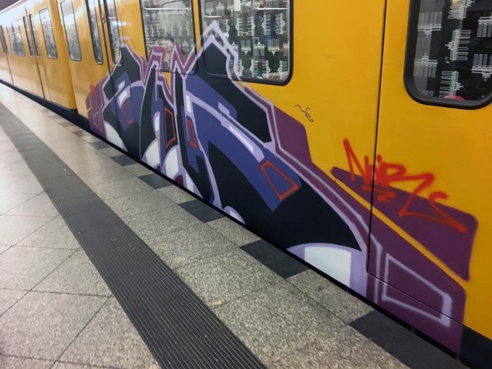 graffiti train subway berlin germany zhus
