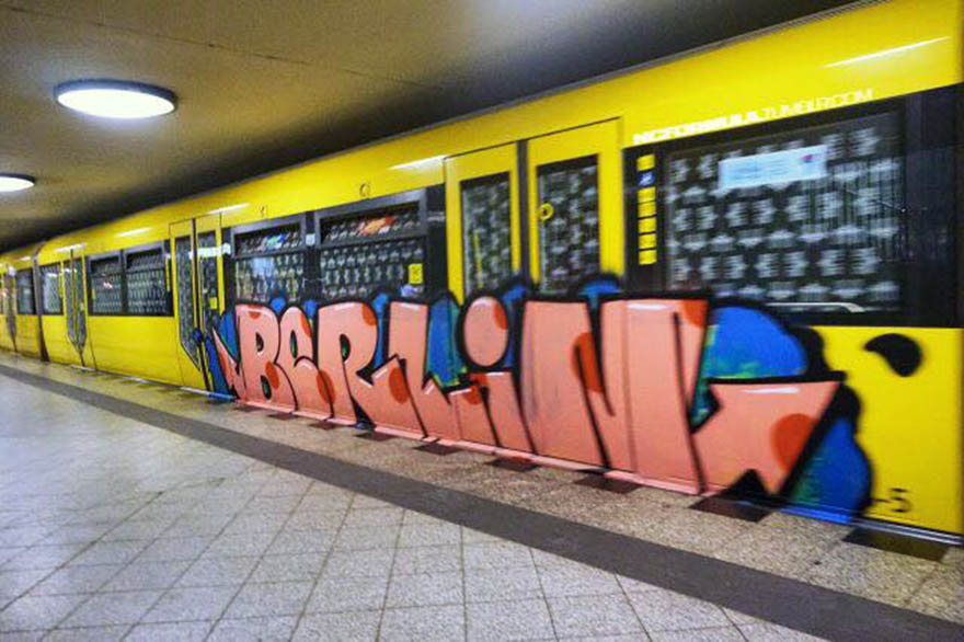 graffiti train subway berlin germany runnin 2016