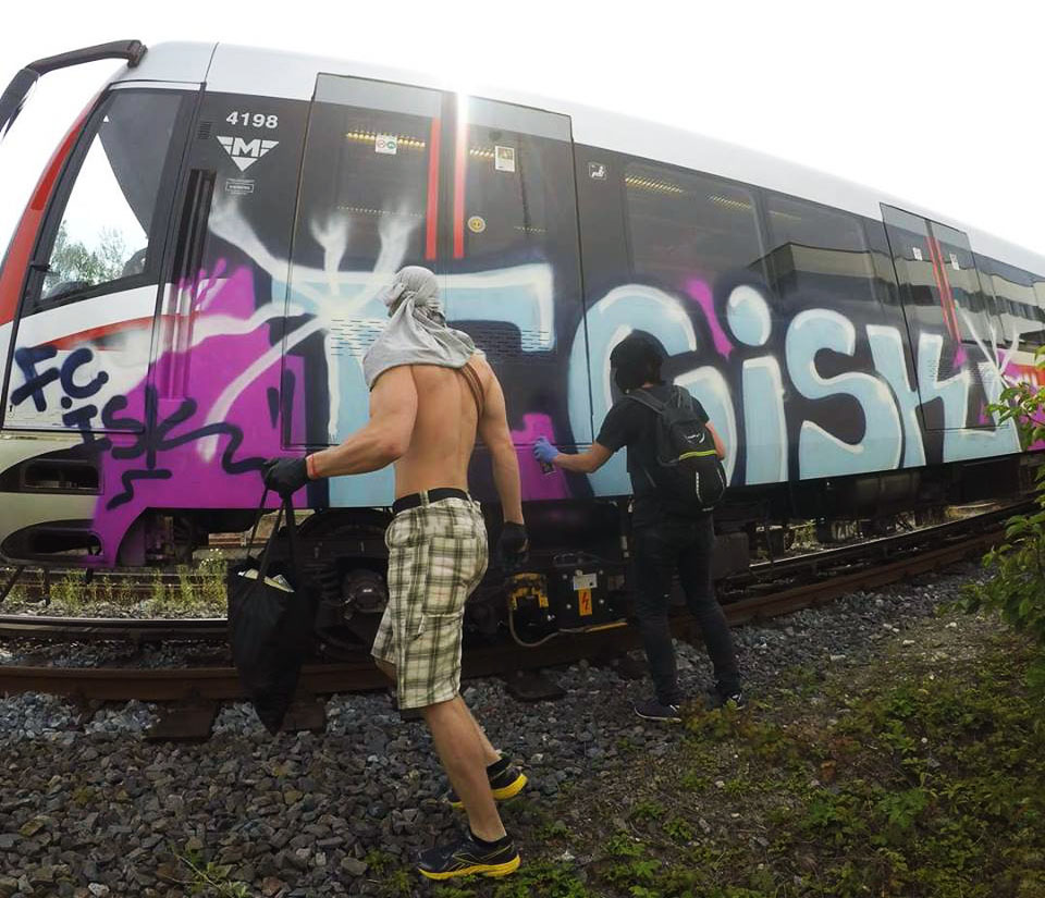graffiti train subway writing metro prague czech republic fcisk backjump action