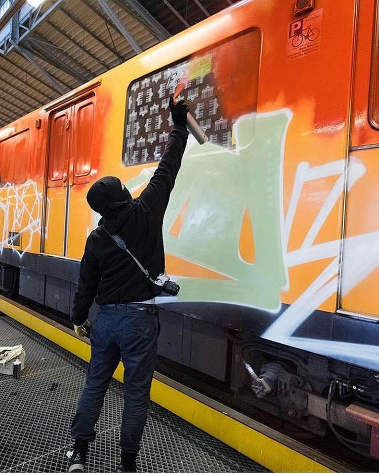 graffiti train subway writing berlin germany action