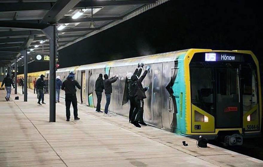 graffiti train subway writing berlin germany wholecar action