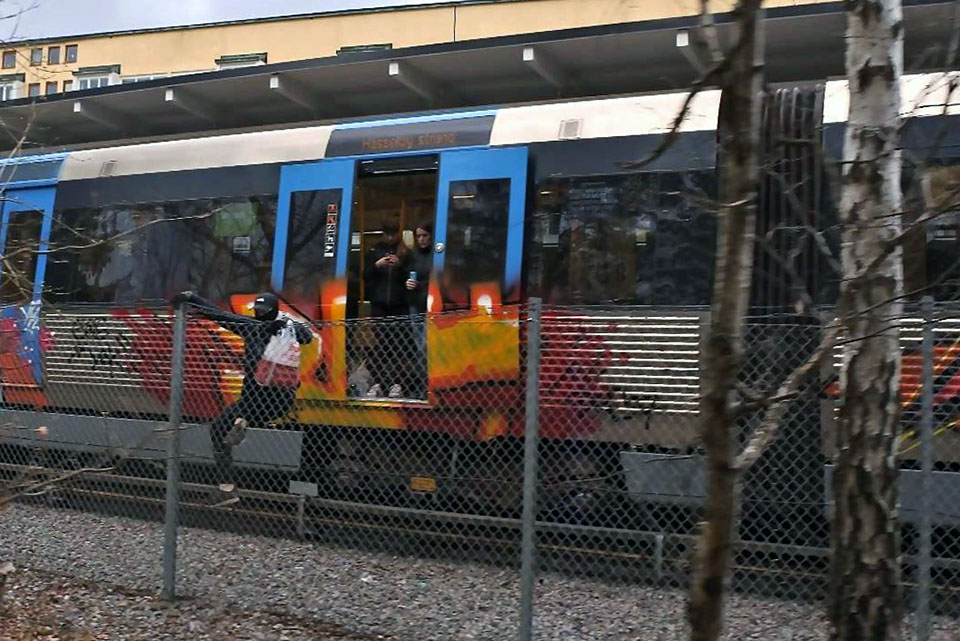 graffiti writing train subway art action backjump stockholm sweden