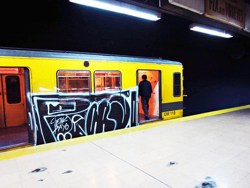 subte buenos aires subway graffiti 031 porno14 running