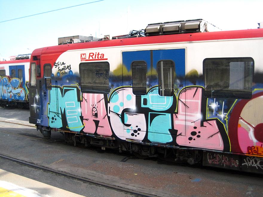 catania subway graffiti magilla