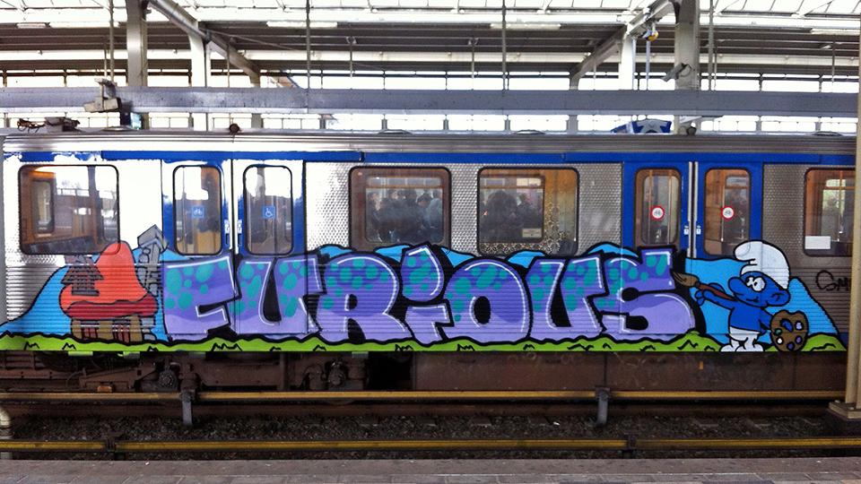 furious smurf graffiti subway running intraffic amsterdam